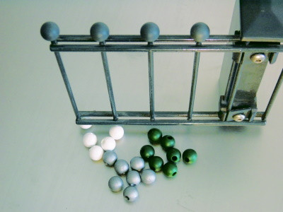KS-Zierkugeln klein silber 1 VE = 55 Stück