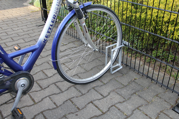 Halterung als Fahrradständer